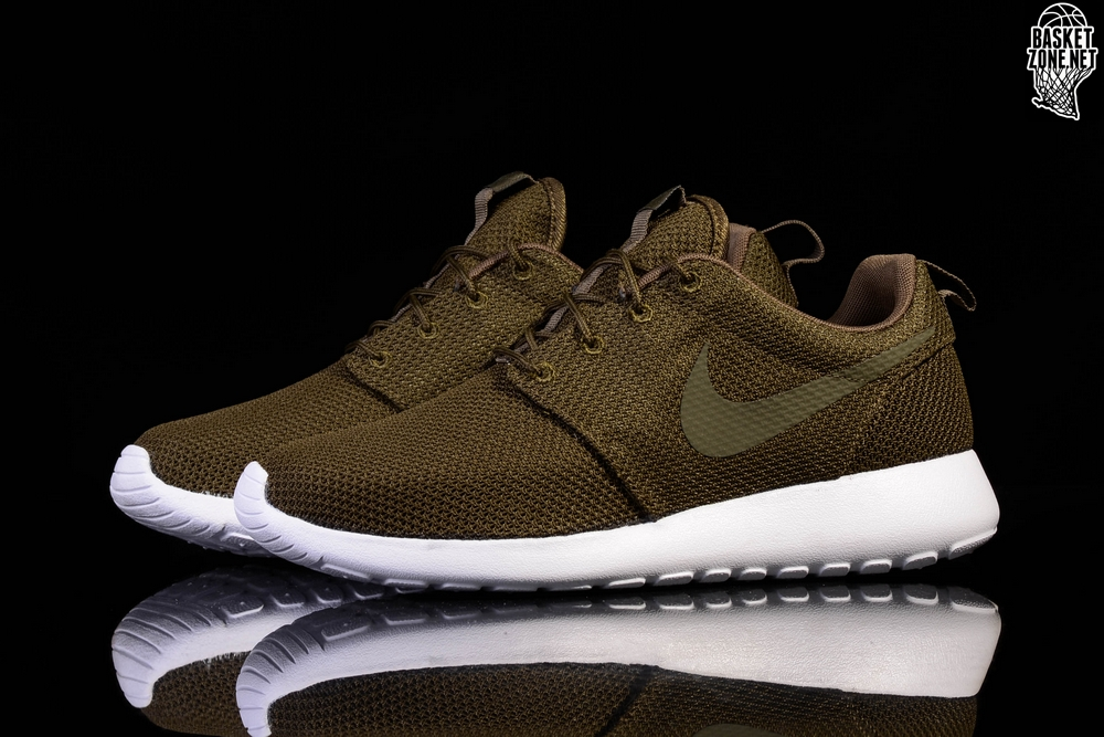 221182c3bb69 NIKE ROSHE ONE DARK LODEN DARK LODEN-WHITE price €65.00