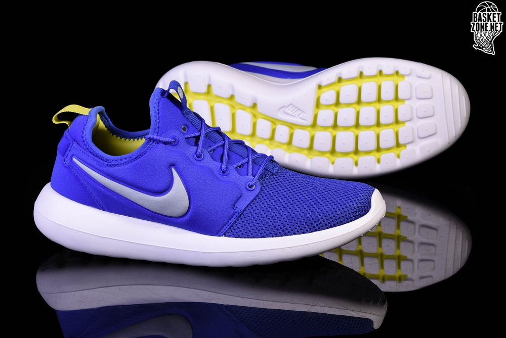 sports shoes d3441 e5bfd NIKE ROSHE TWO PARAMOUNT BLUE