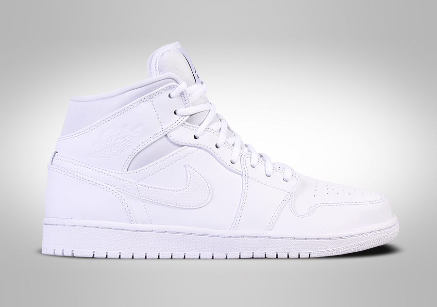 best loved 29c0c b01d7 NIKE AIR JORDAN 1 RETRO MID TRIPLE WHITE por €79,00   Basketzone.net