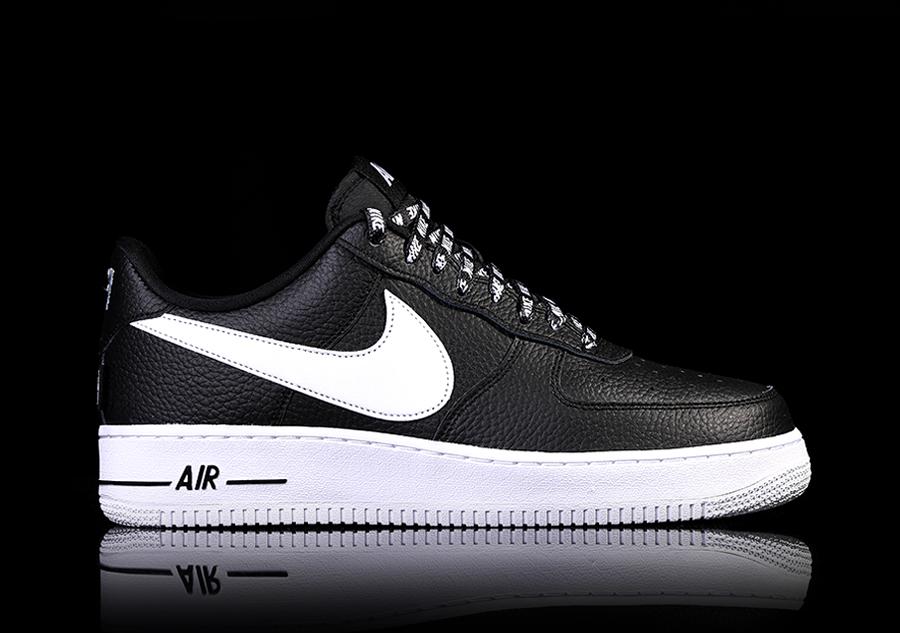 sports shoes 55a43 8e418 NIKE AIR FORCE 1  07 LV8 NBA PACK BLACK por €99,00   Basketzone.net