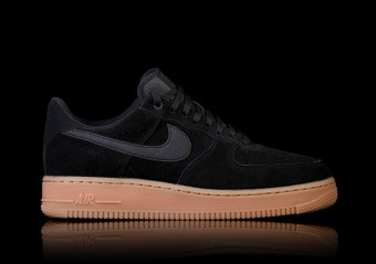 best service 11b8d db774 SCARPE SPORTIVE. NIKE AIR FORCE 1   ...