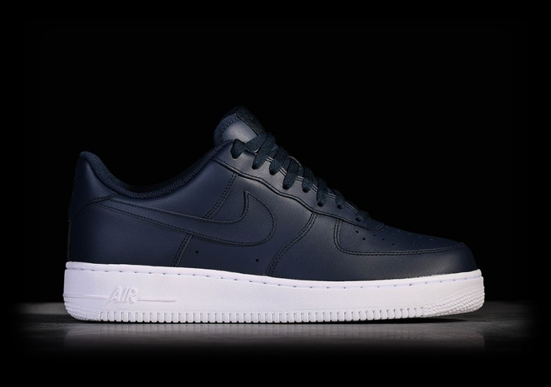 the best attitude 7c959 aca72 NIKE AIR FORCE 1  07 OBSIDIAN