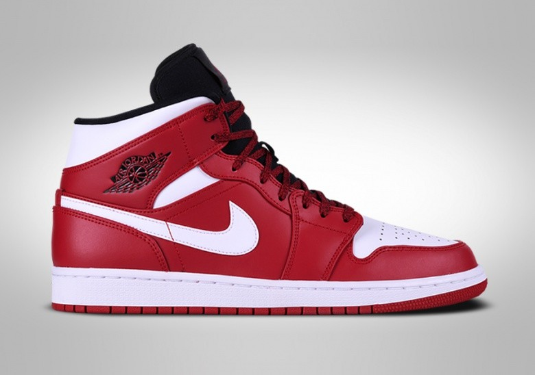 5fc65ab021d9 NIKE AIR JORDAN 1 RETRO MID CHICAGO per €109