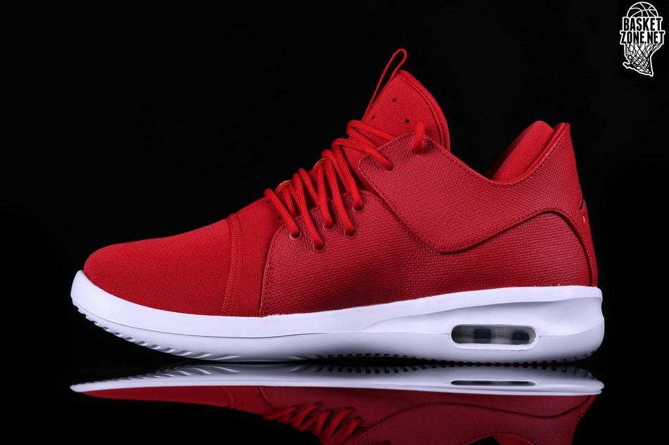 new style f7629 85d4b NIKE AIR JORDAN FIRST CLASS VARSITY RED