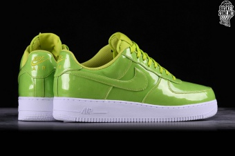 official photos 3fff3 8f34f NIKE AIR FORCE 1  07 LV8 UV CYBER. AJ9505-300